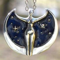 Amulet Velká Bohyně Isis, postříbřený