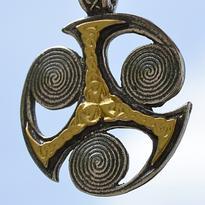 Amulet Sluneční kolo Triskel