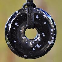 Donut kulatý 30 mm - obsidián obláčkový