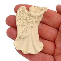 Magnetka - nebeský anděl držící květiny, 6,8 cm