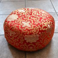 Meditační polštář - Zlatý Lotos, barva červená