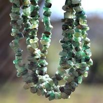 Náhrdelník smaragd tamblovaný, 90 cm