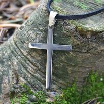 Přívěsek - kříž, chirurgická ocel 35 mm
