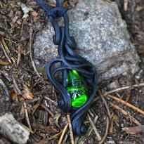 Fantasy přívěsek Tajemství lesní tůňky - zelená