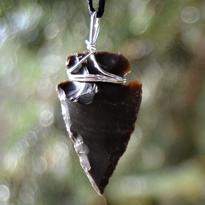 Přívěsek Paleo - Hrot šípu - achát černý