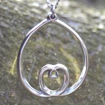 Přívěsek Srdce v srdci, stříbro Ag 925/1000
