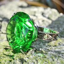 Feng shui krystal zelený prsten