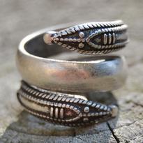 Prsten slovanský - Had