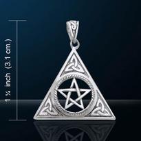 Amulet Triquetry s pentagramem, postříbřený