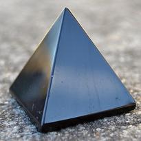 Pyramida - Obsidián černý 35 mm