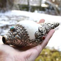 Rituální hudební nástroj Shankha bílá