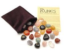 Runové kameny - mix, se sametovým sáčkem