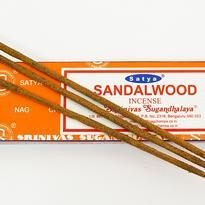 Vonné tyčinky Satya - Santalové dřevo