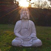 Socha Bílý Buddha v meditaci 67 cm