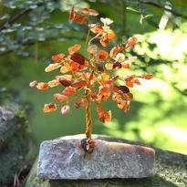 Stromeček štěstí - karneol, 80 kamínků