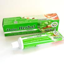 Zubní pasta s neemem Dabur, 100 ml