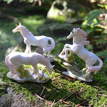 Fantasy figurka - Bílý jednorožec  - 1