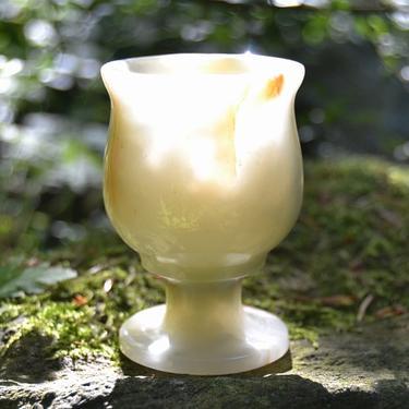 Broušený pohárek onyx - aragonit 7,5 cm  - 1