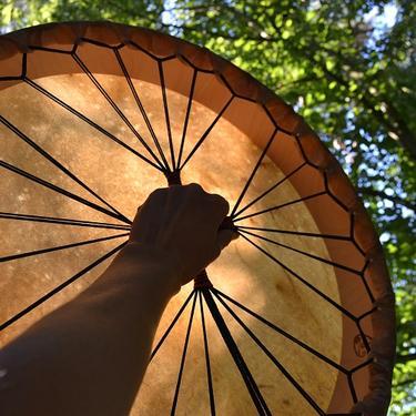 Šamanský buben z jelenice 52 cm  - 1