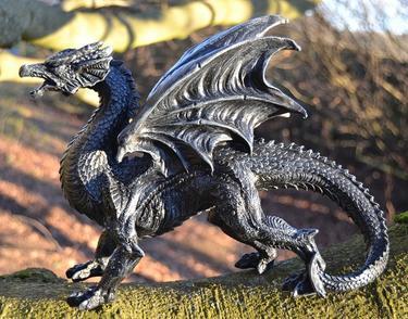 Socha exclusive mytology - Černý drak - 31 cm  - 1