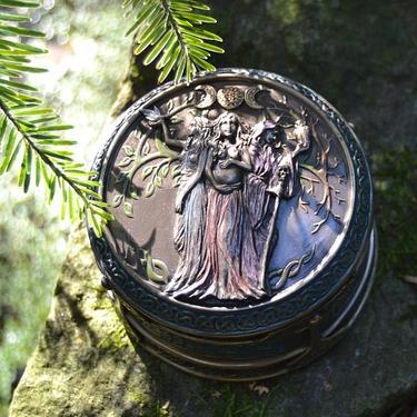 Šperkovnice exclusive fantasy - Trojná Bohyně  - 1