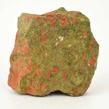 Unakit surový kámen 1624 g  - 1