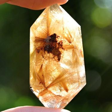 Broušená krystalová hůlka - Sagenit extra 16 g  - 2