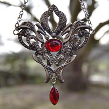 Fantasy náhrdelník Síla Života, červený  - 2