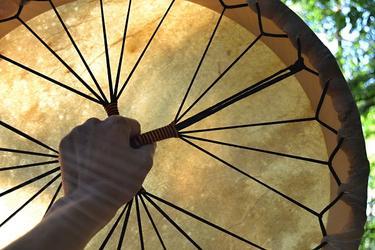 Šamanský buben z jelenice 52 cm  - 4