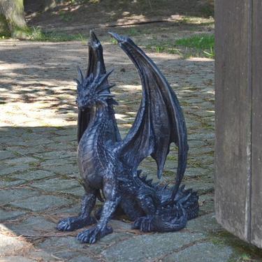Socha exclusive mytology Černý drak Strážce 37 cm  - 5
