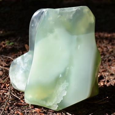 Skulptura z drahého kamene - Kalcit zelený 1,8 kg  - 5